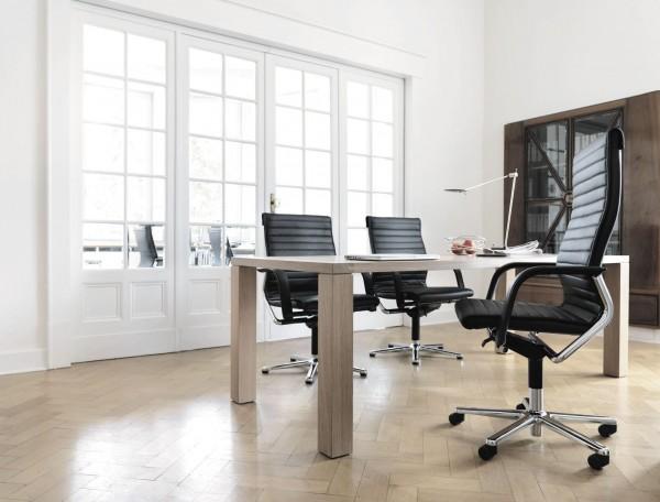 220/82 FS Management Drehstuhl