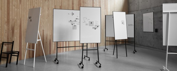 ONE mobiles Whiteboard