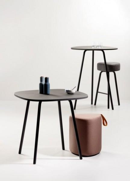 Pully Kaffee Tisch